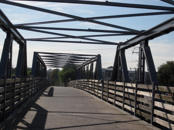 The bridge (Photo copyright: Anne Lawson)