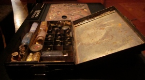 Turner's travelling paint box. These are the paints that he actually used! (Sigh..)