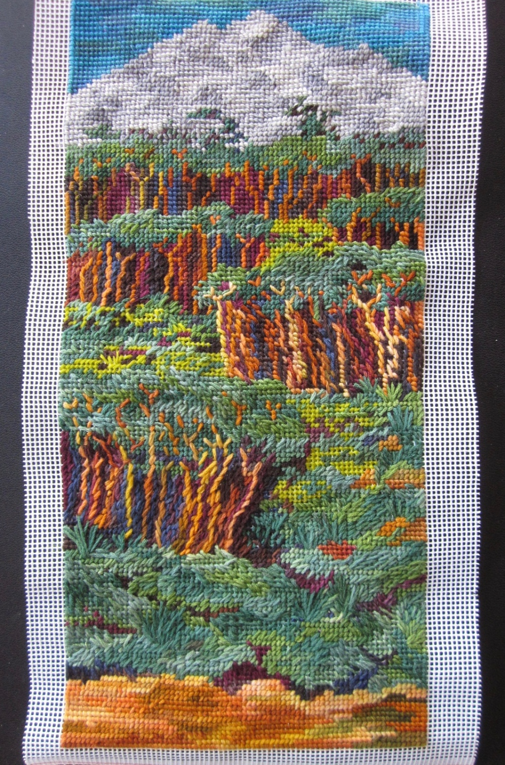 Finished tapestry (Art work and photo copyright: Anne Lawson, 2016)